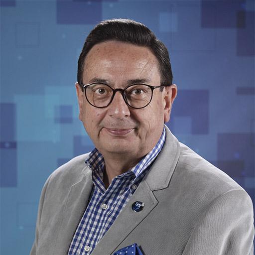 Dr. Francisco Pérez Pazmiño
