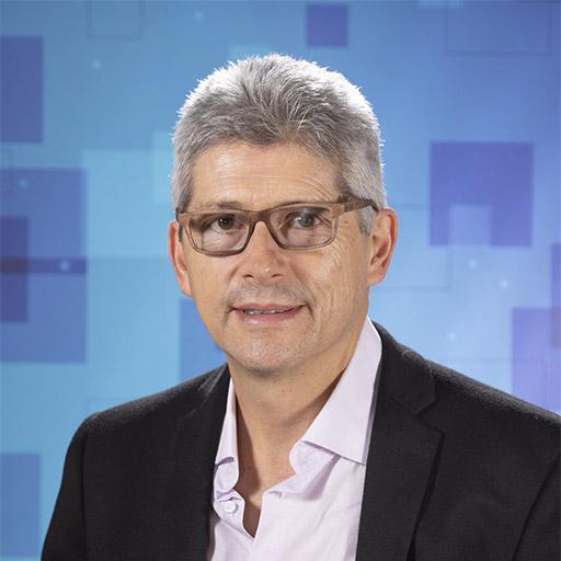 Dr. Renato Valencia